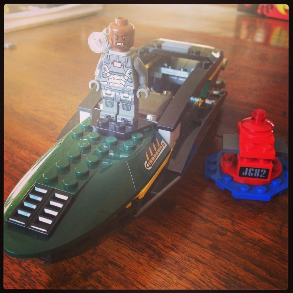 Iron man extremis sea port battle lego review cherished - Lego iron man extremis sea port battle ...