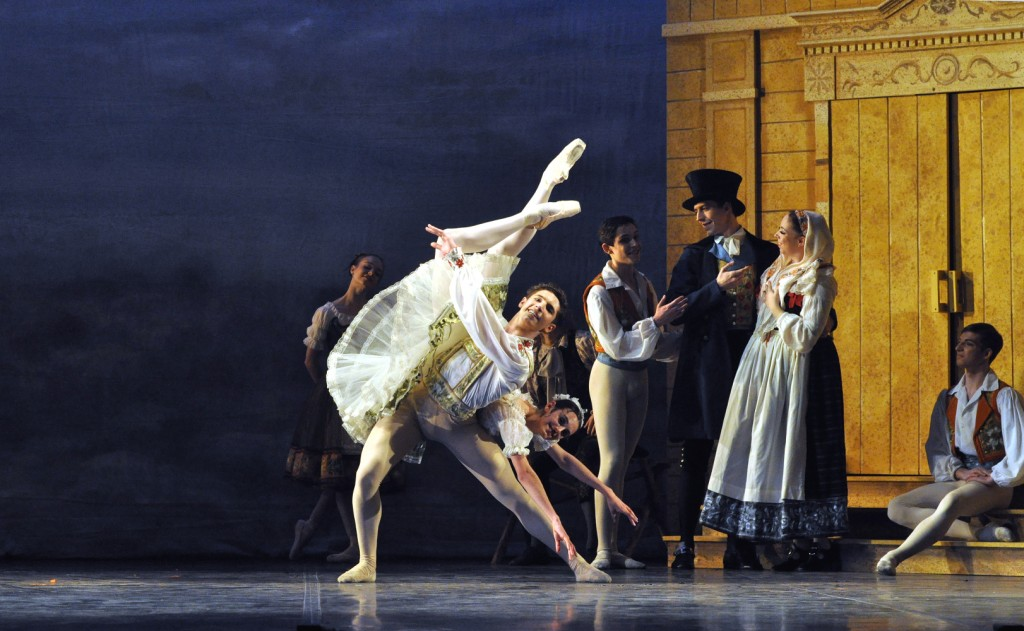 Coppelia cr John Ross (2)_1