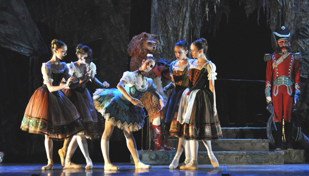 Coppelia cr John Ross (4)_1