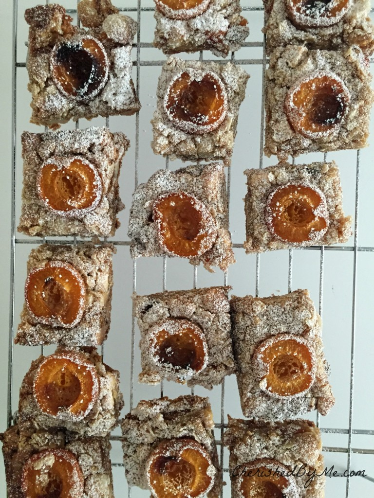 Delcious apricot, macadamia nut & white chocolate flapjacks