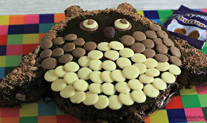 What a cute chocolatey owl cake cherishedbyme.com