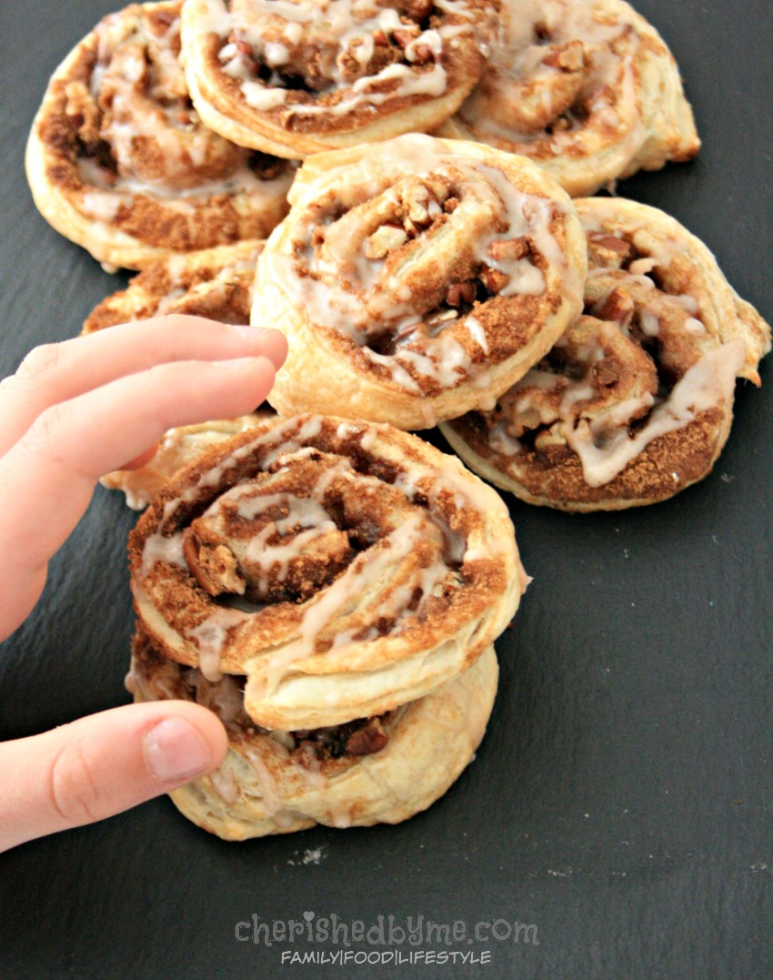 pecan and cinnamon whirls